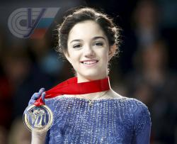 Двукратная чемпионка мира по фигурному катанию Медведева планирует поступать в РГУФКСМиТ