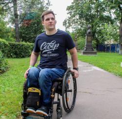 Первокурсник-колясочник РГУФКСМиТ Андрей Зеленов: Для меня здоровое общество – это когда всем наплевать