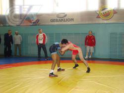 В университете прошли матчевые встречи по вольной борьбе между нашими студентами и американскими спортсменами
