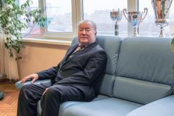 Советник при ректорате РГУФКСМиТ Юрий Бычков: Отказался от премии в сто тысяч долларов
